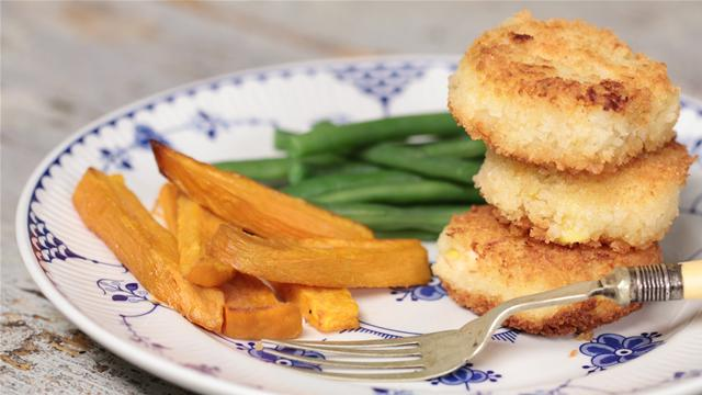 How to Make Fish Cakes With Roasted Sweet Potatoes