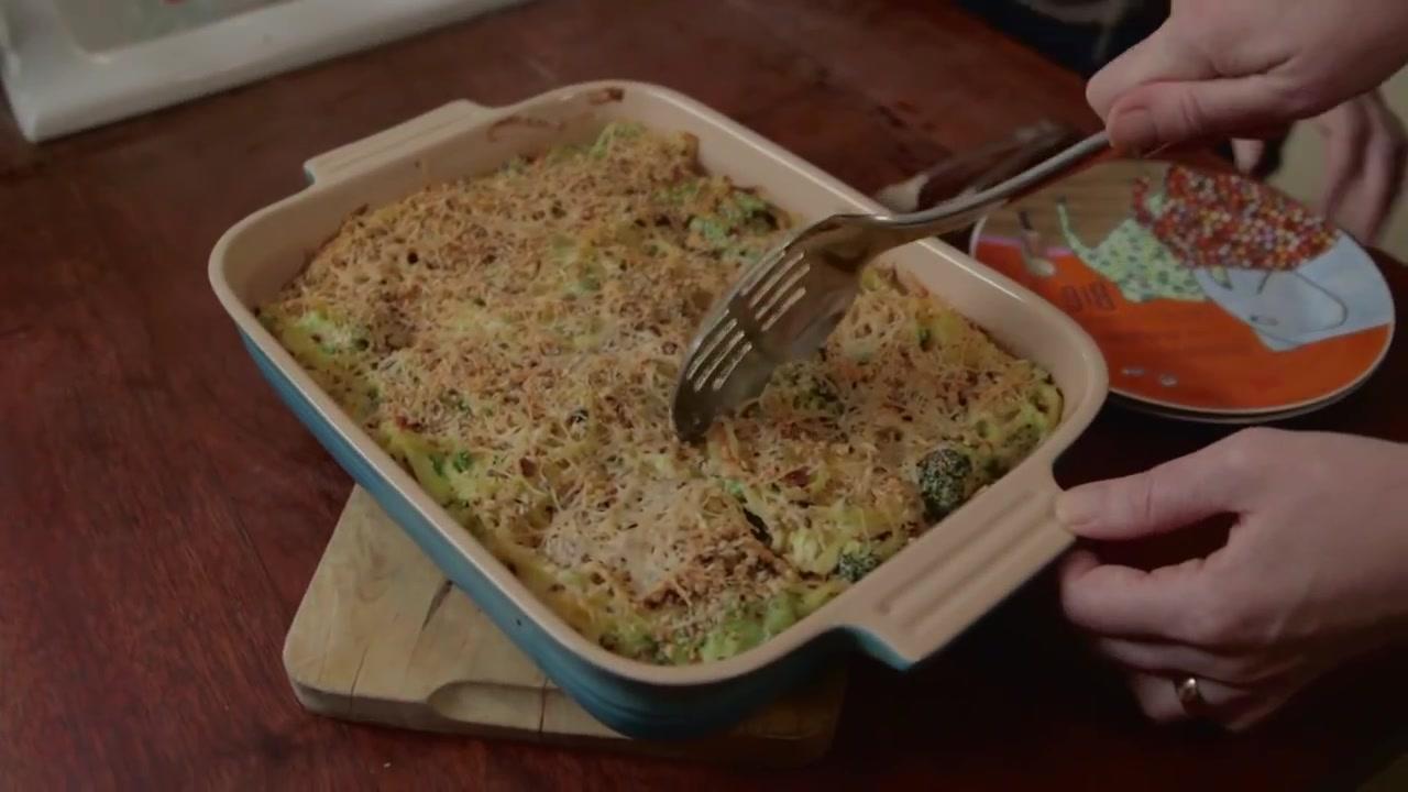 Easy Cheesy Broccoli Pasta Bake Recipe
