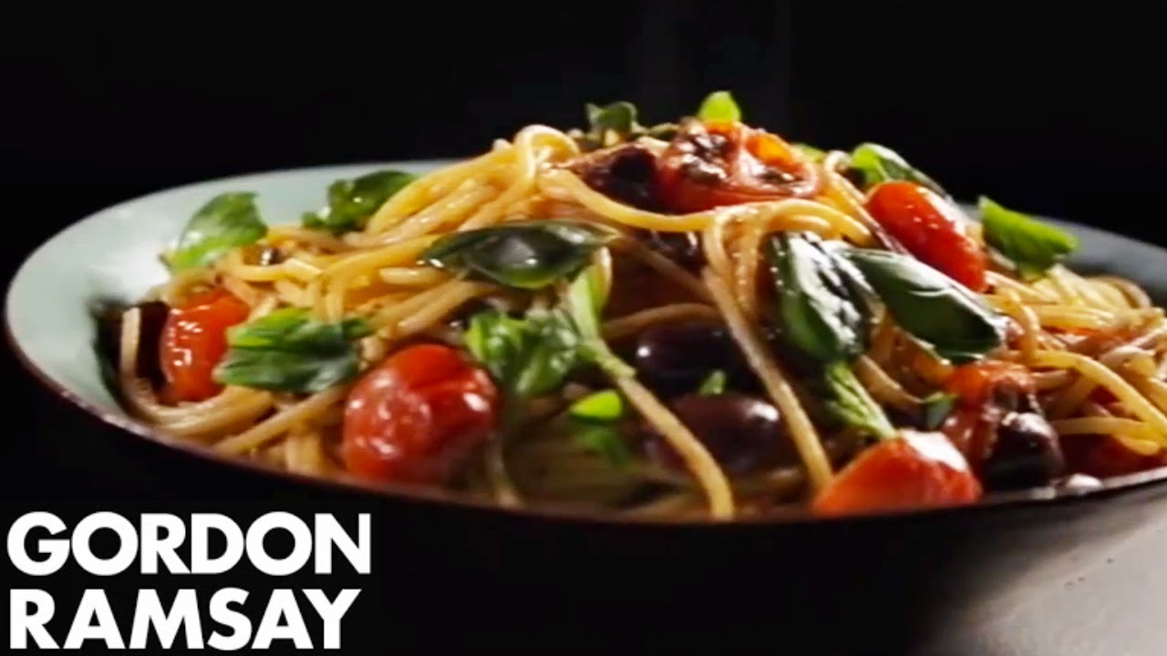 How to Make Pasta With Tomatoes, Anchovy and Chilli - Gordon Ramsay