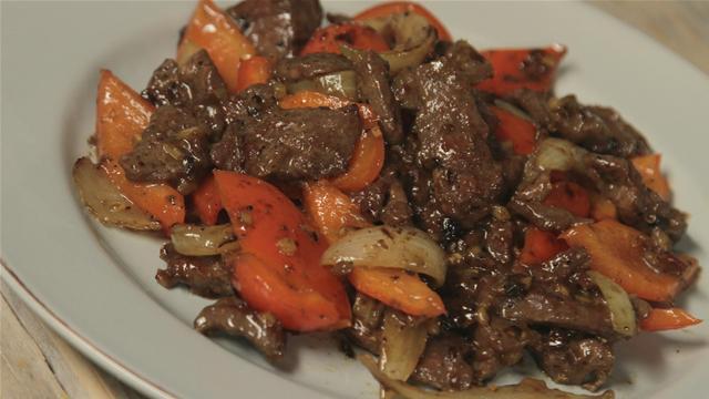 How to Make Beef Stir Fry With Szechuan Pepper