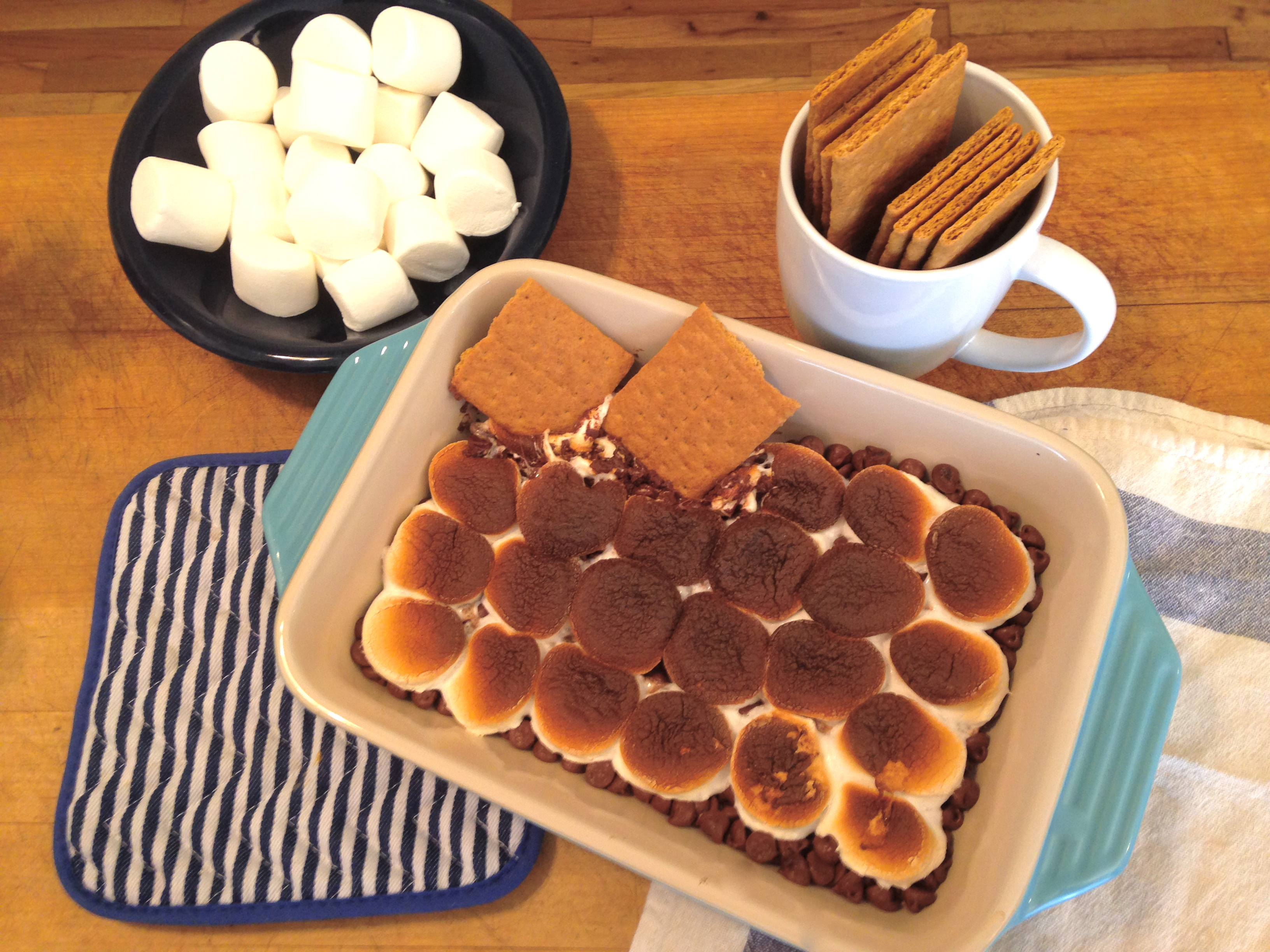 Homemade Indoor S'mores for a Cozy Winter Night In