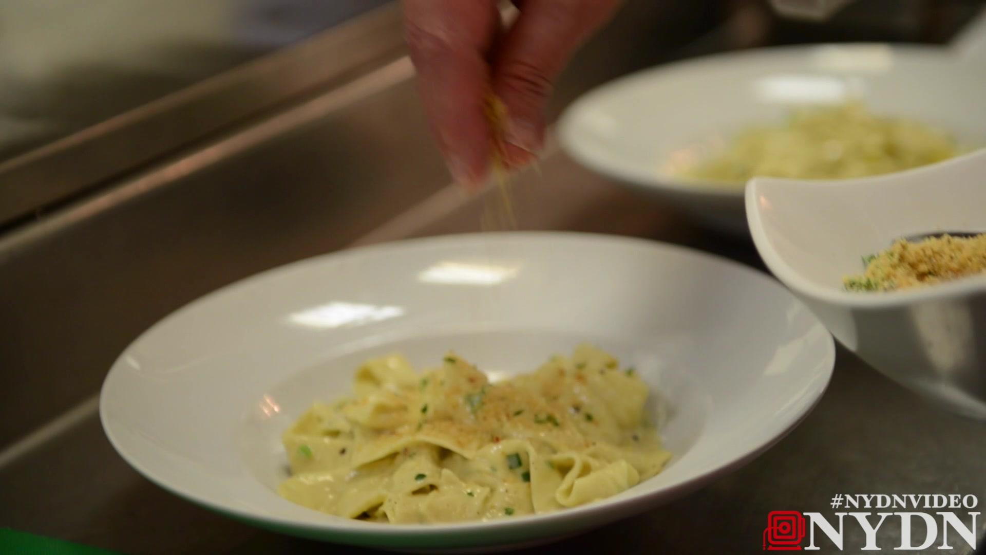 Stinky Cheese Alfredo Pasta : Pinkies Out