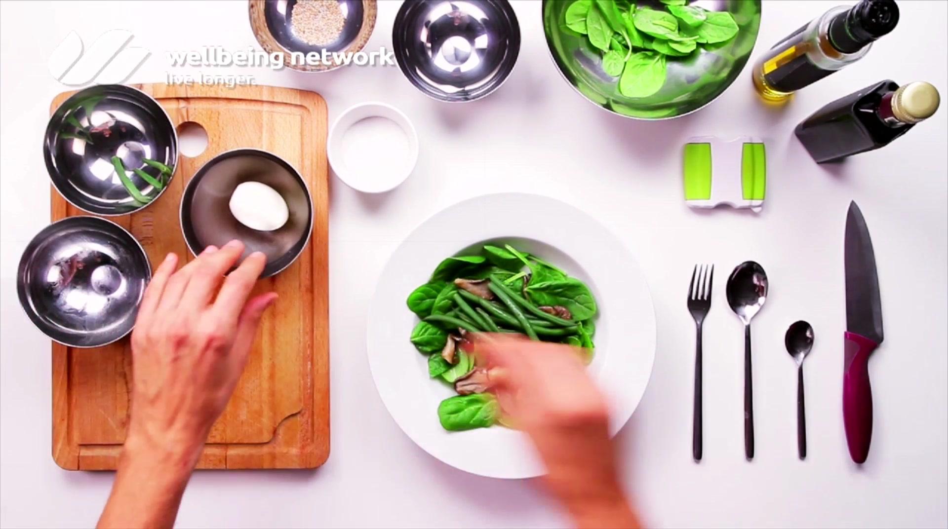 Salad Pride- David Bez: Mushroom Detox