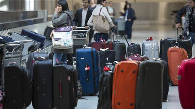 Secrets for Outsmarting Airline Baggage Fees