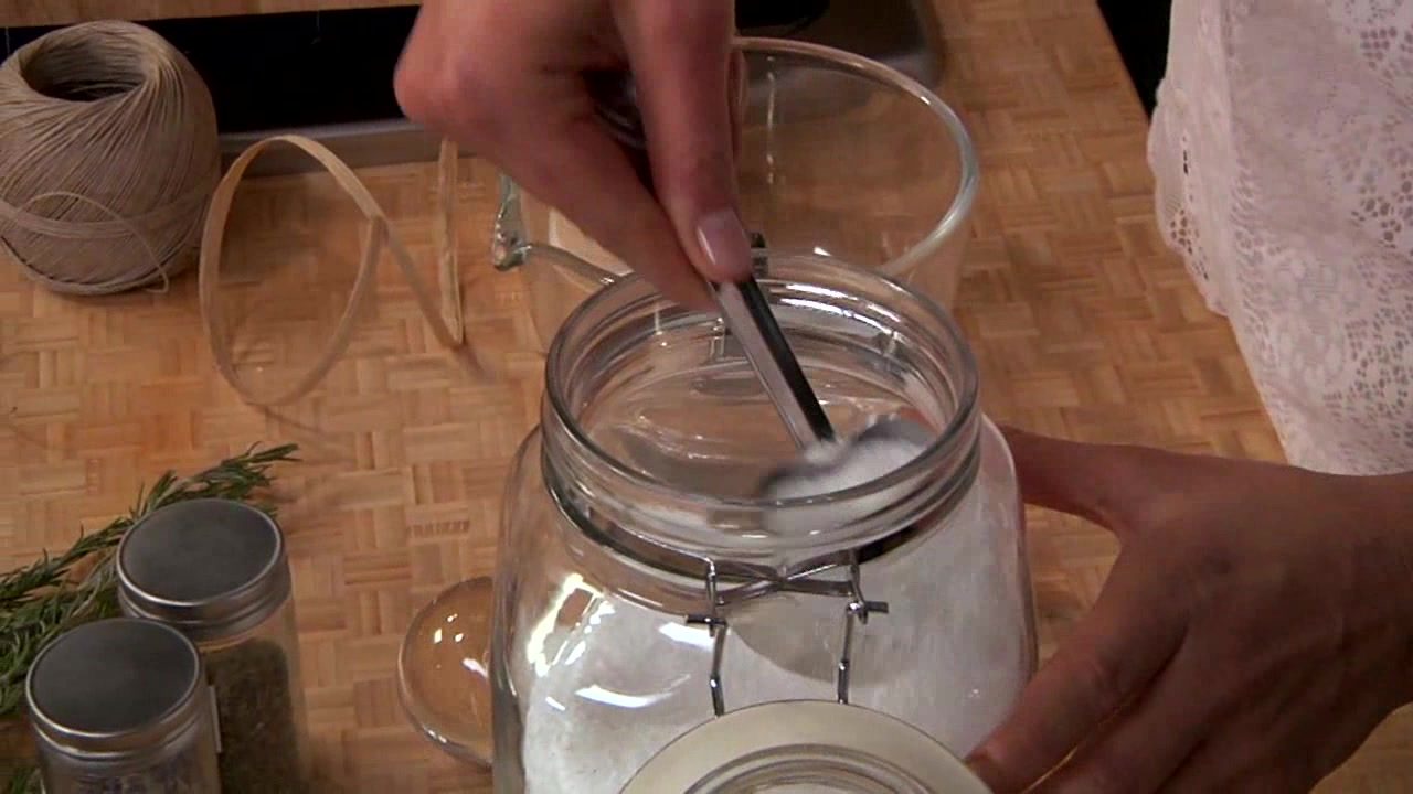How to Make Herb Salts