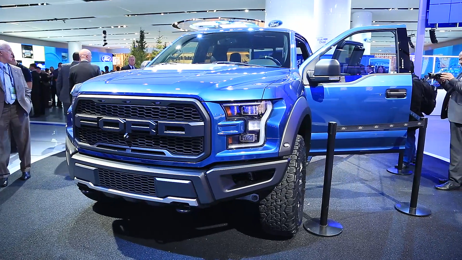 Ford f 150 raptor gets ecoboost v6 new chassis and aluminum body w videos autoblog