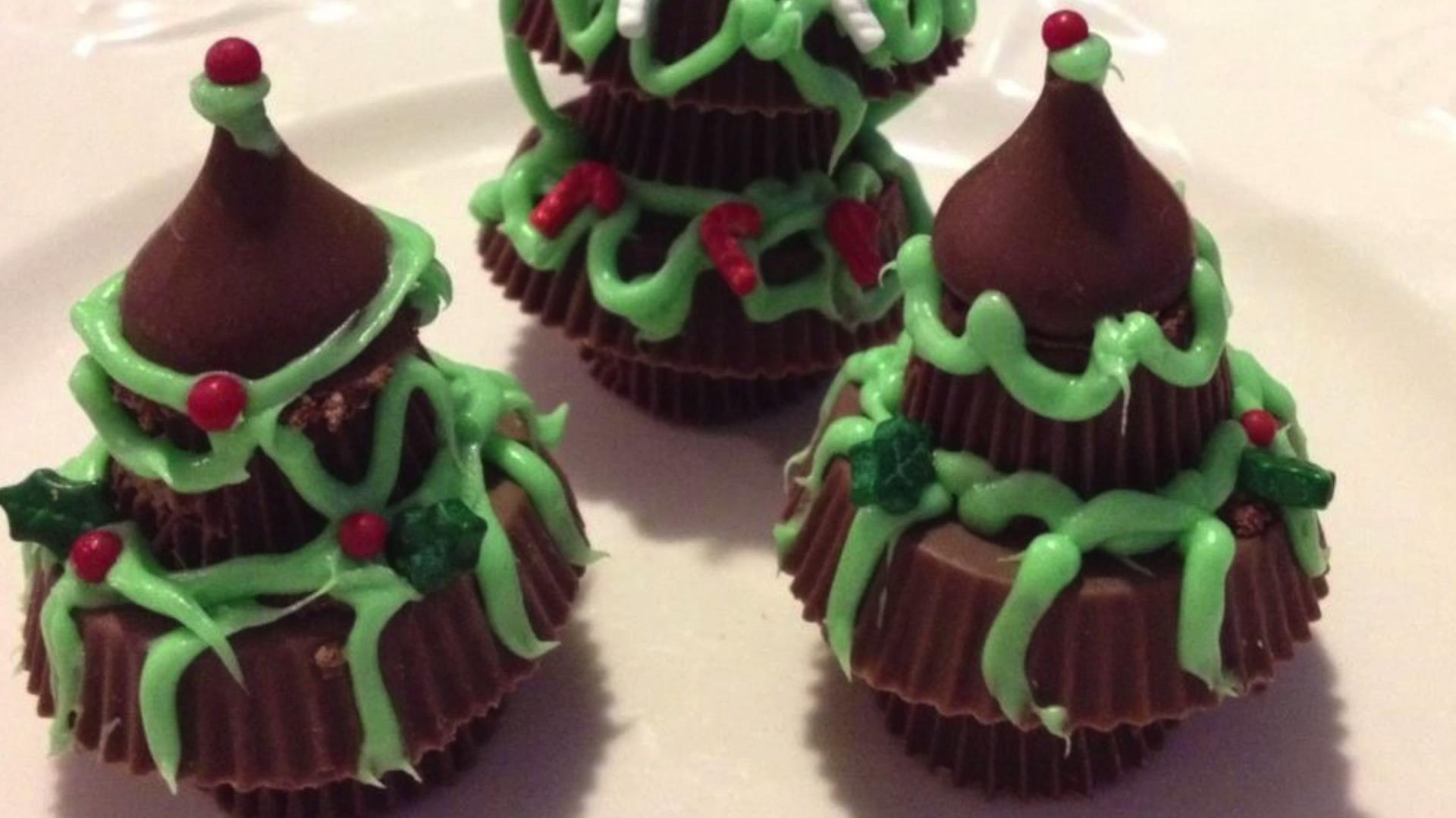 The Best Christmas Tree Inspired Desserts to Entertain