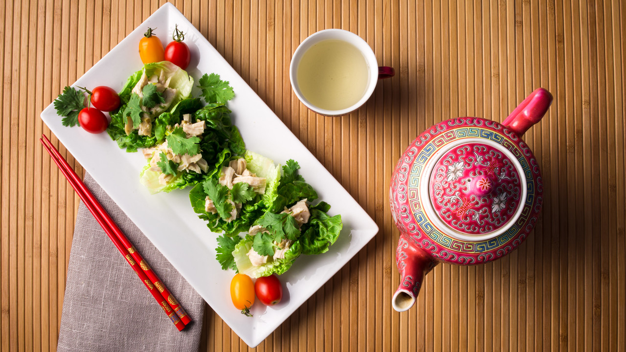 Steeped Chinese Ginger Chicken in Little Lettuce Cups