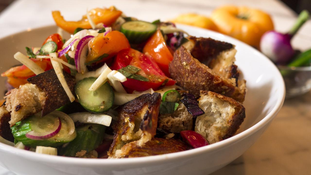 Heirloom Tomato Panzanella Salad Recipe