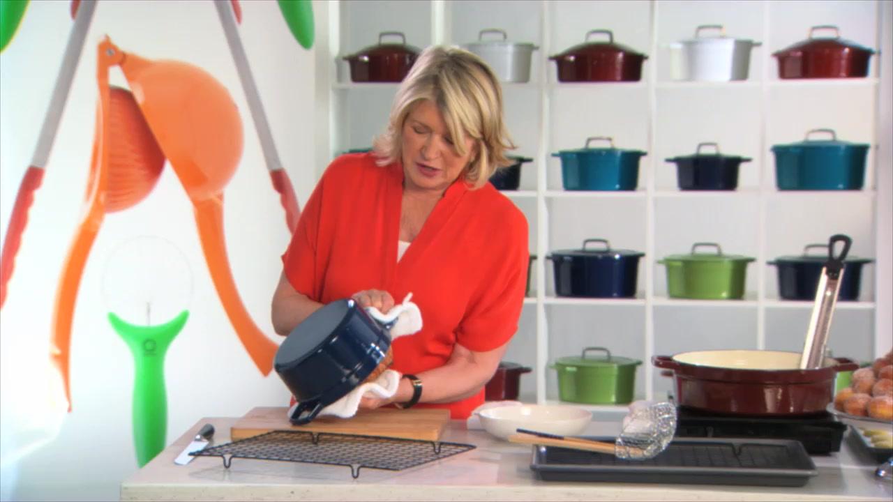 Martha Stewart - Using an Enameled Cast Iron Pot