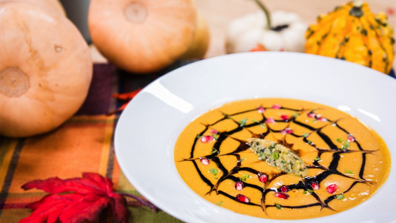 How to Make Butternut Squash Soup with Spiderweb Garnish