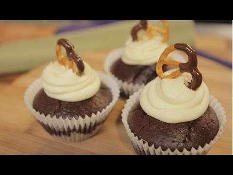 Chocolate and Pretzel Cupcakes