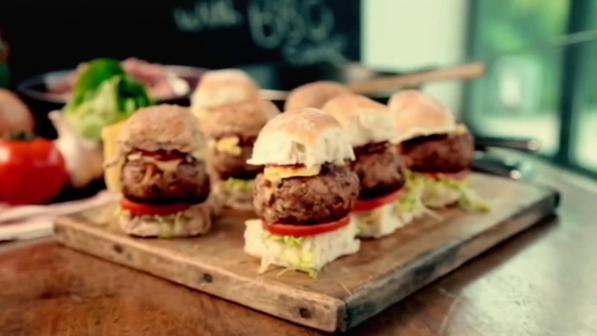 How to Make Gordon Ramsay's Smoky Pork Sliders With BBQ Sauce