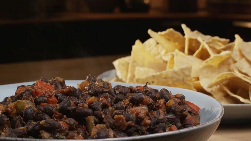 How to Make a Warm Black Bean Dip