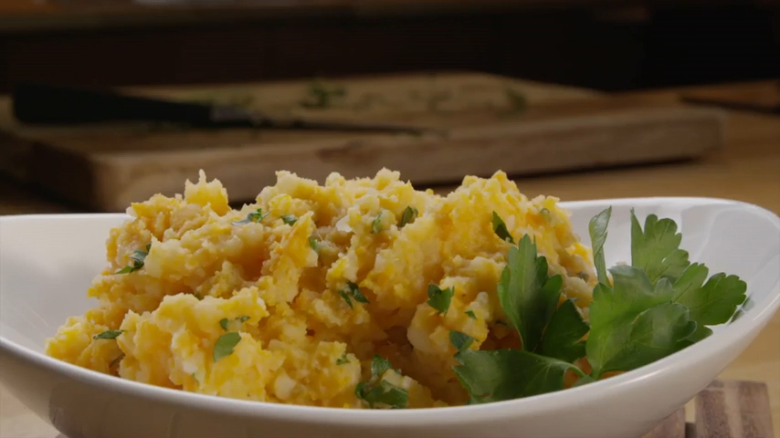 How to Make Sweet and Russet Potato Mash With Herbs
