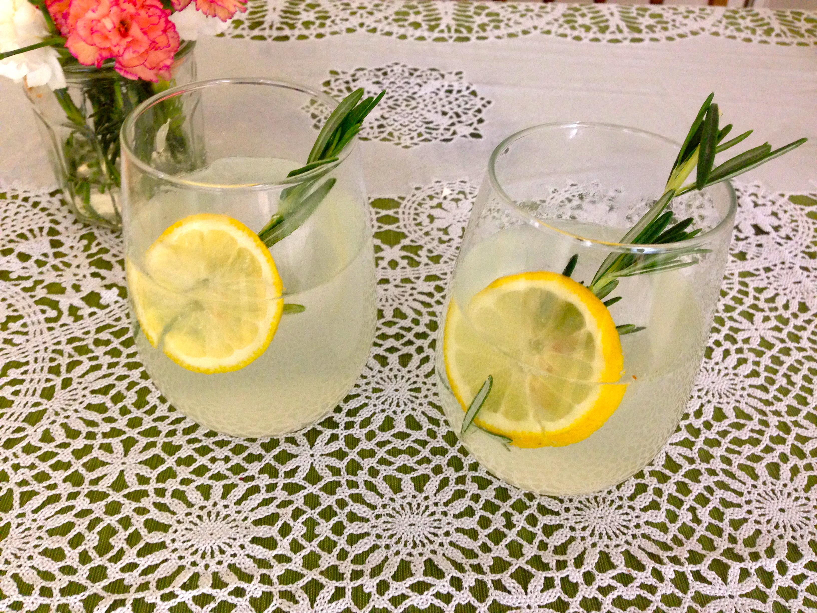 Spiked Organic Rosemary Lemonade Fizz Recipe