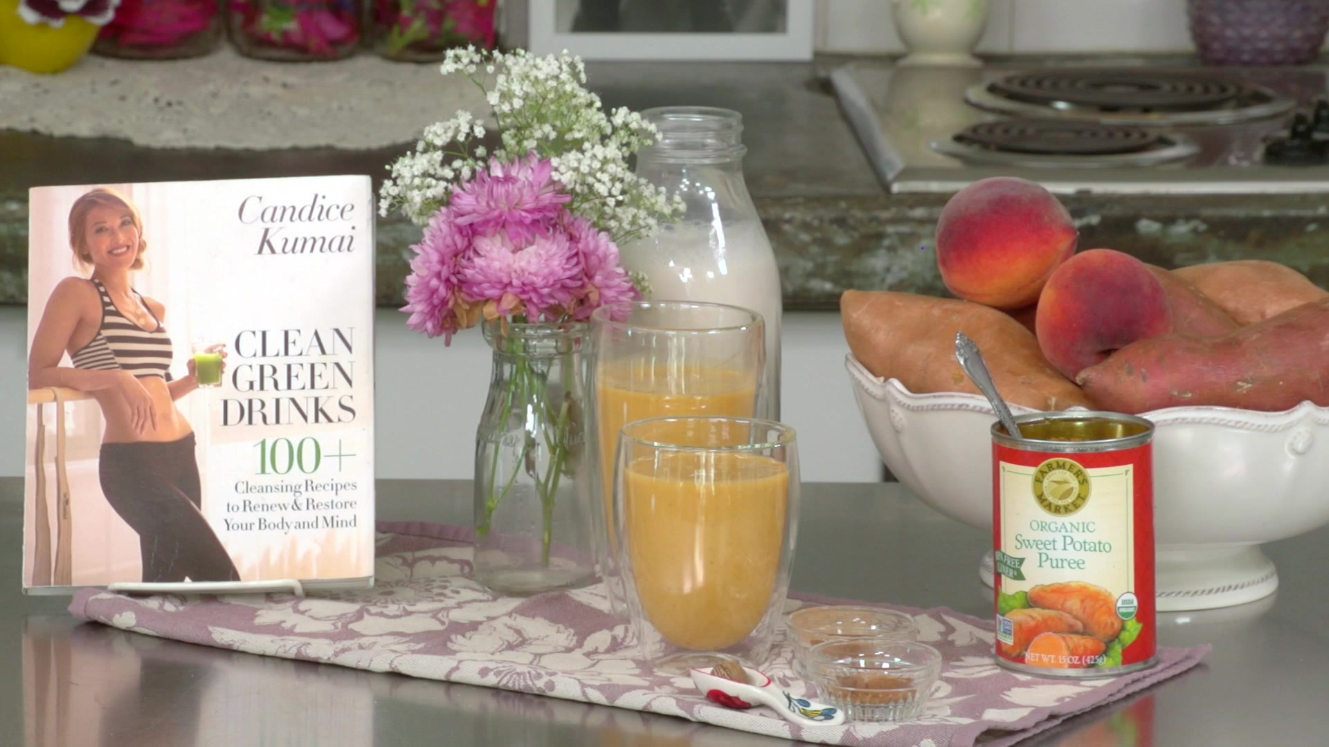 How to Make a Refreshing Peach Smoothie