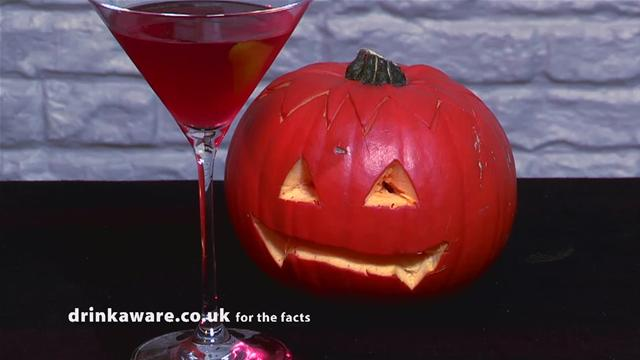 How to Make a Devilish Halloween Cocktail