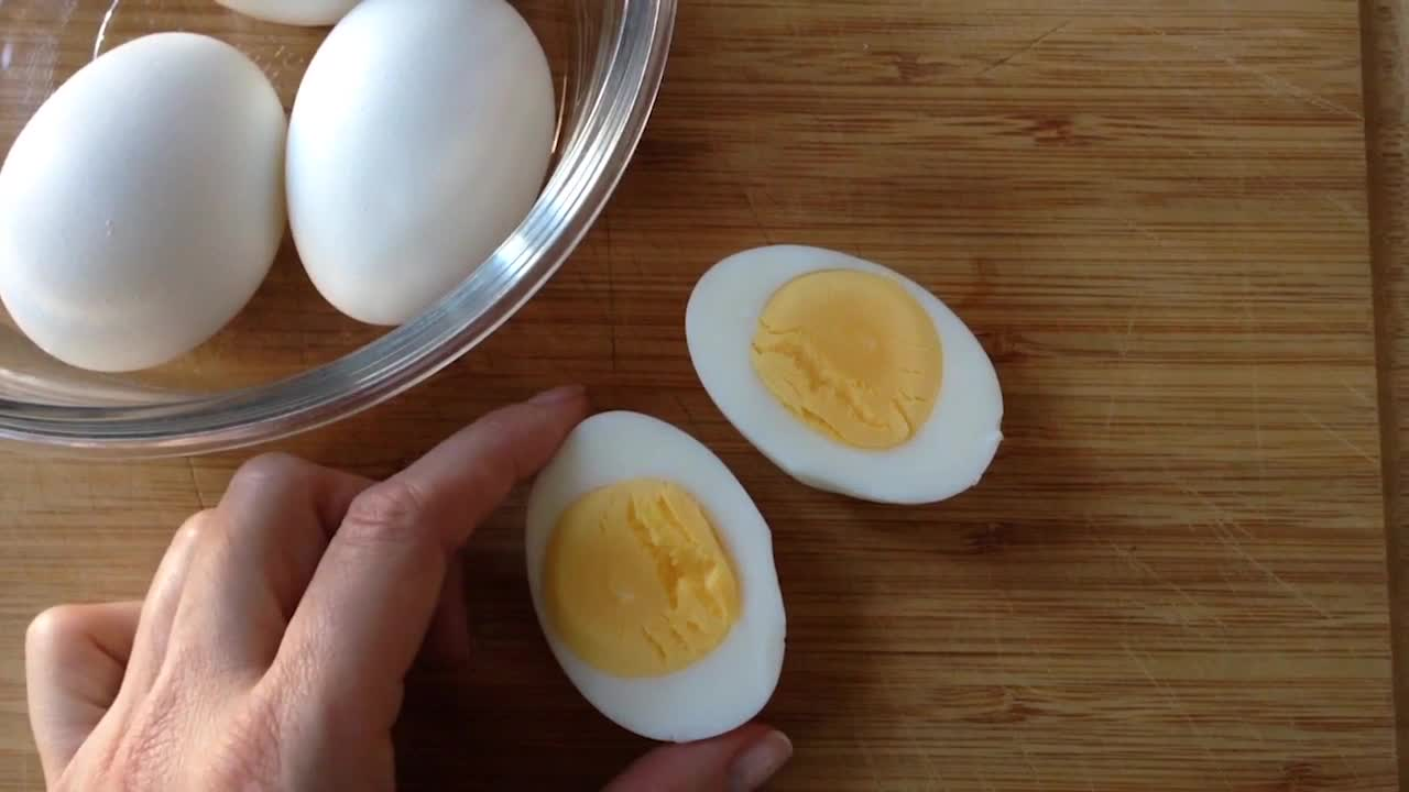 Jennifer Perillo's Tips for the Perfect Hardboiled Eggs