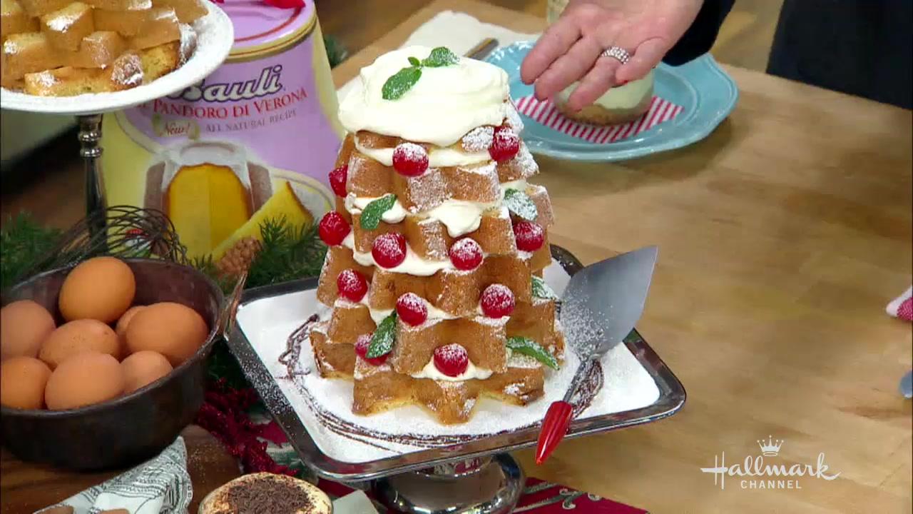 How to Make a Pandoro Christmas Tree