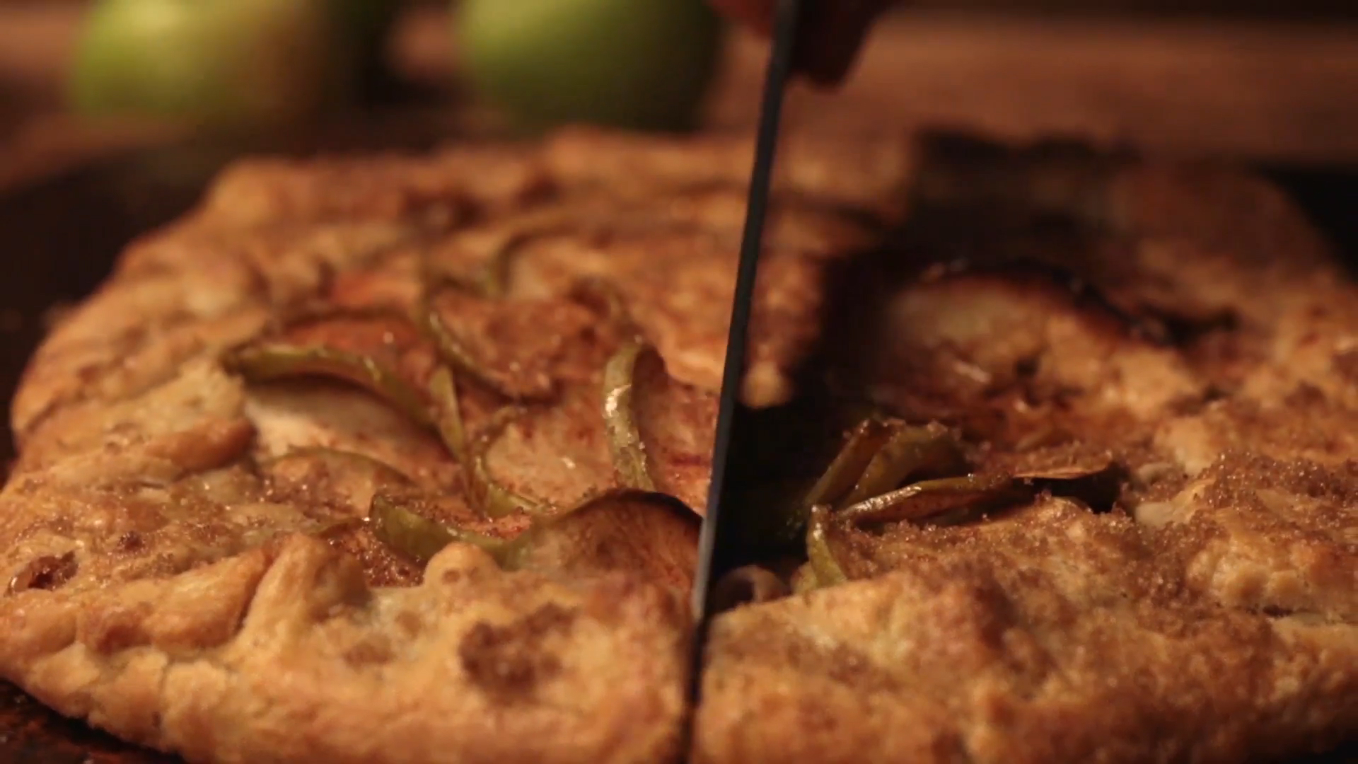 How to Make an Apple Galette for the Holidays