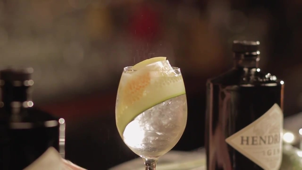 How to Make a New Spanish Style Gin and Tonic Cocktail
