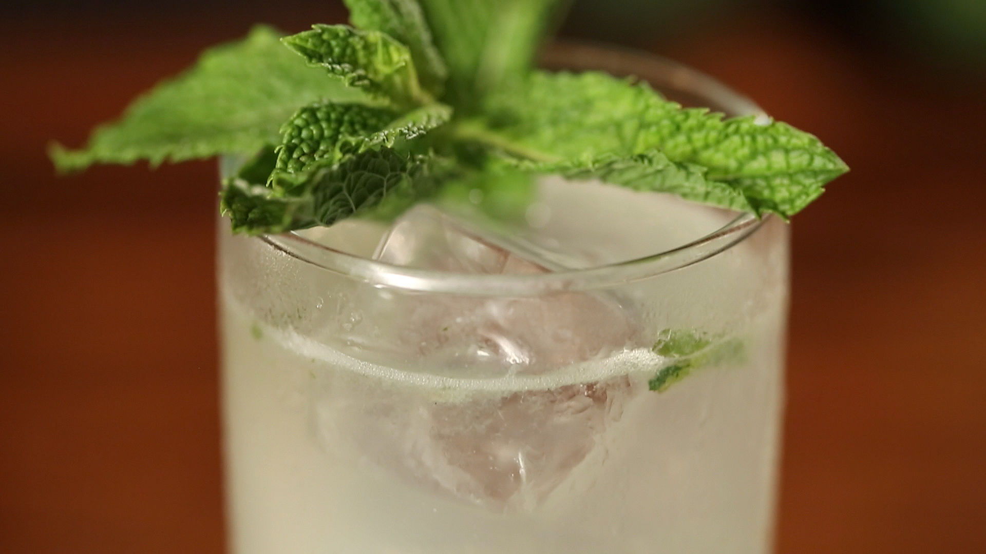 7 Easy Holiday Party Cocktails