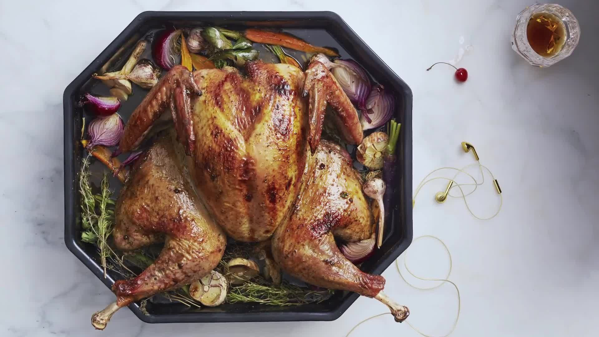 Thanksgiving Manual: How to Spatchcock a Turkey