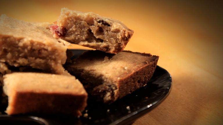 How to Make Bacon Bourbon Blondies