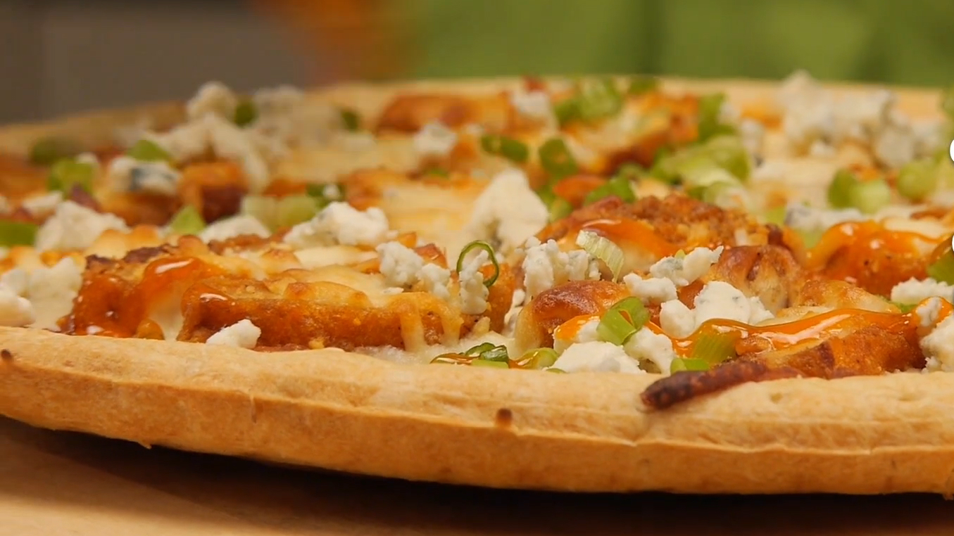 90 Second Buffalo Chicken Pizza Recipe