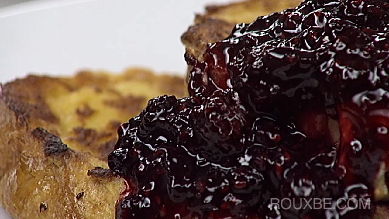How to Make Berry Compote