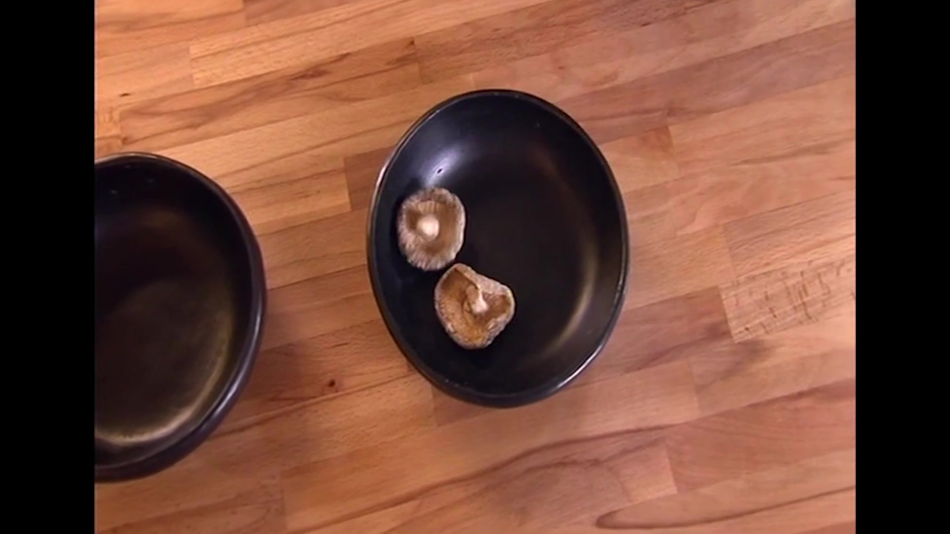 Gok Wan: How to Make Steamed Rice Parcels with Chinese Mushrooms