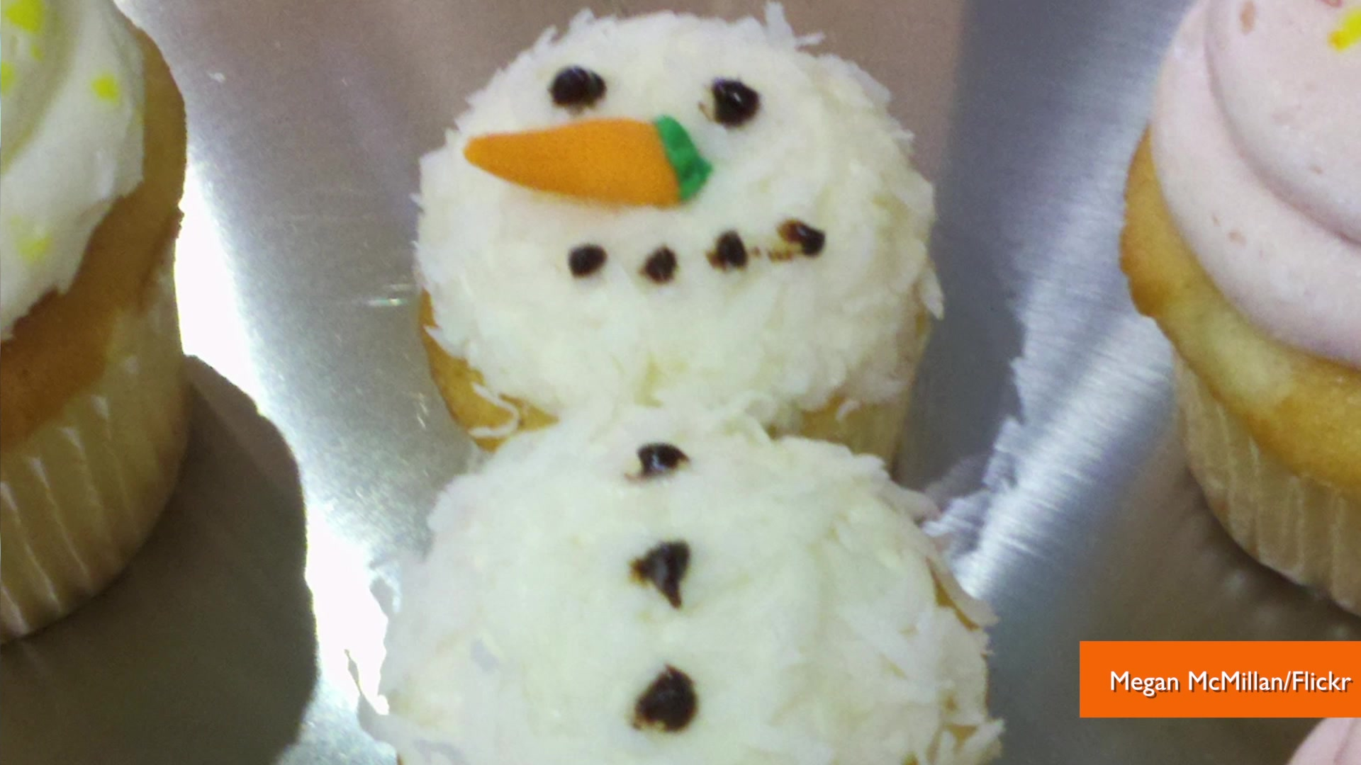 The Best Creative Holiday Cupcakes