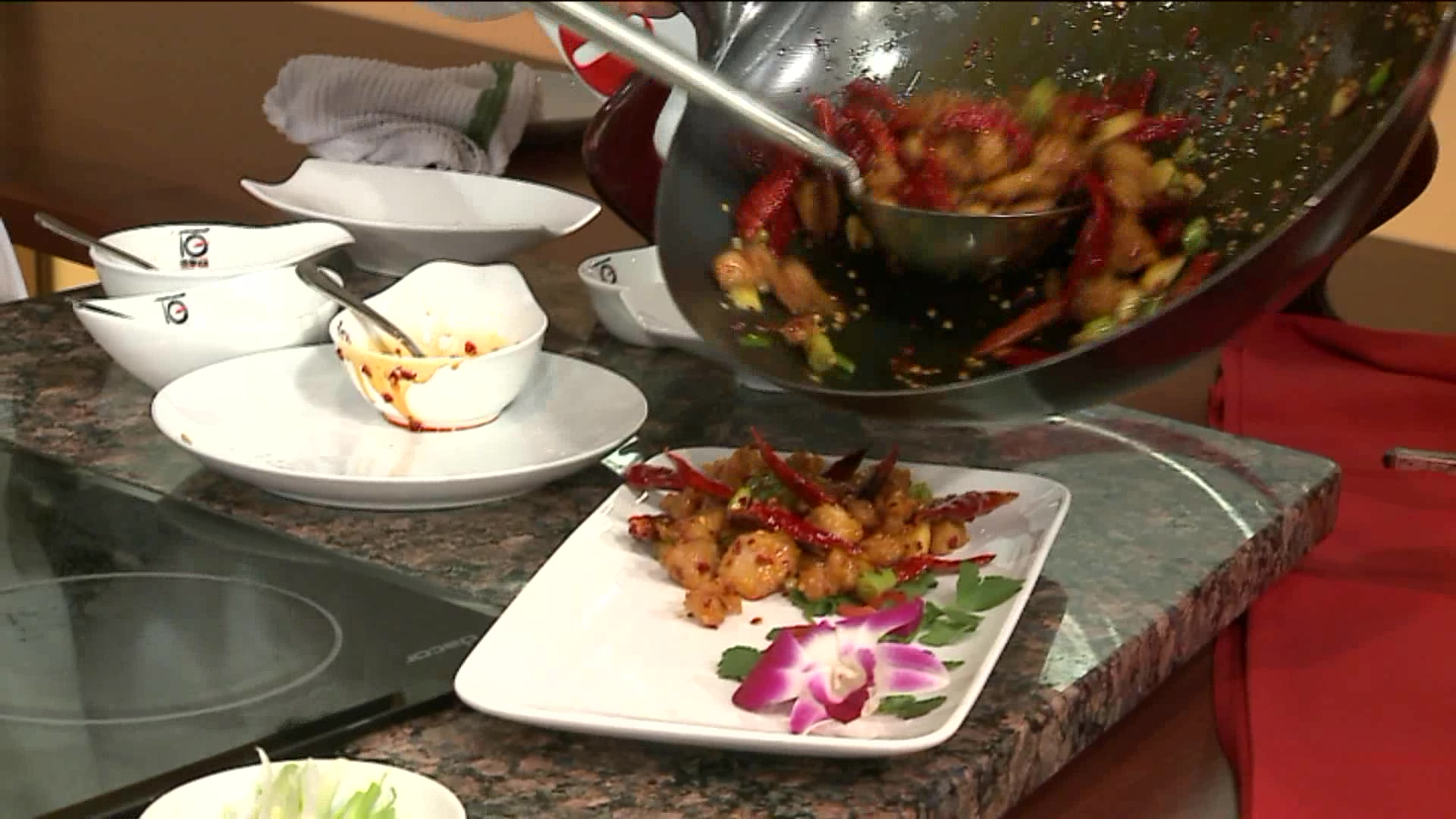 How To Make Lao Sze Chuan's Famous Dry Chili Chicken
