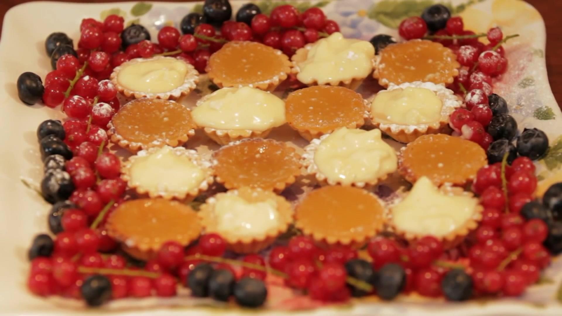 How to Make Perfect Little Lemon Tarts