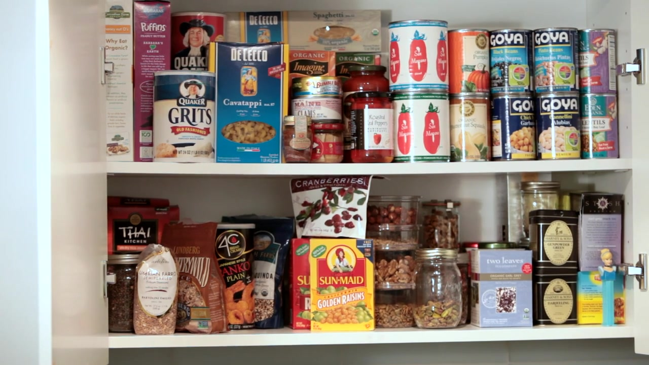 6 Staples You Need to Have in Your Pantry