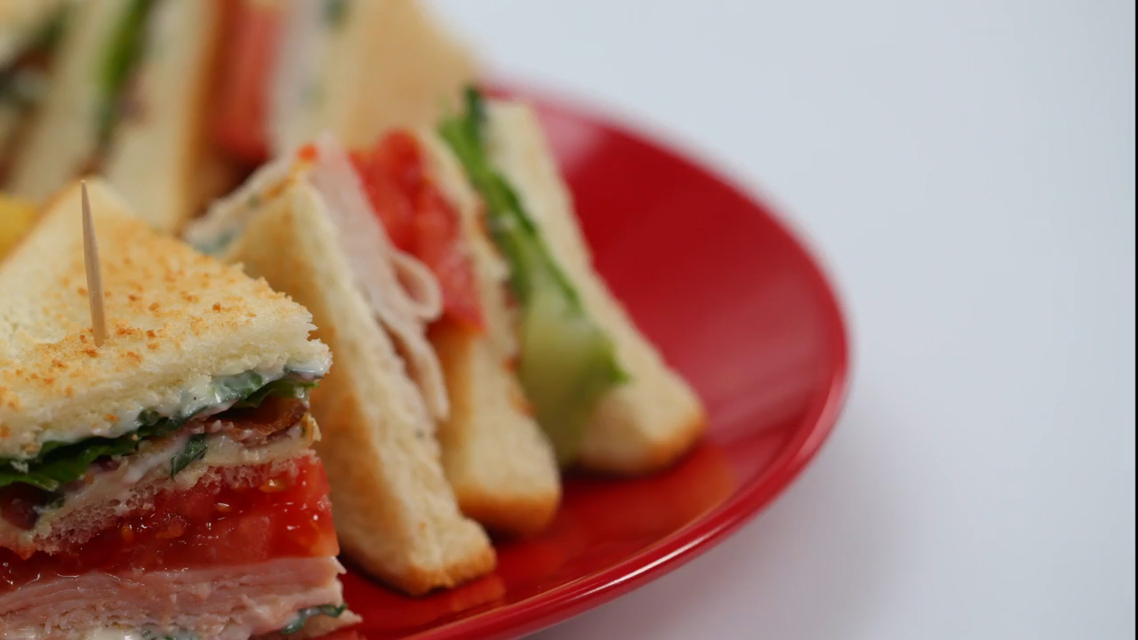 How to Make Turkey Club Sandwiches With Herb Mayonnaise