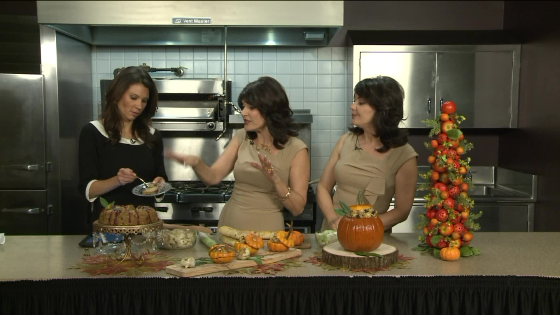 3 Unique Stuffing Presentations for Thanksgiving
