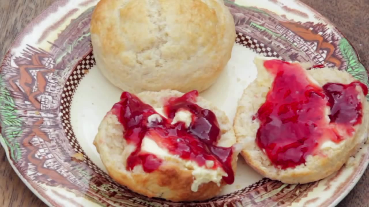 How to Make Delicious English Homemade Scones