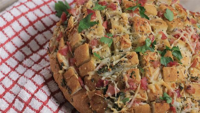 Tear and Share Cheese and Ham Bread Recipe