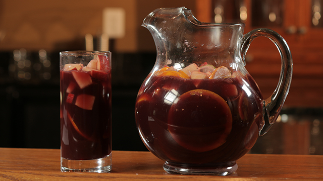 How to Make Sangria 2 Ways