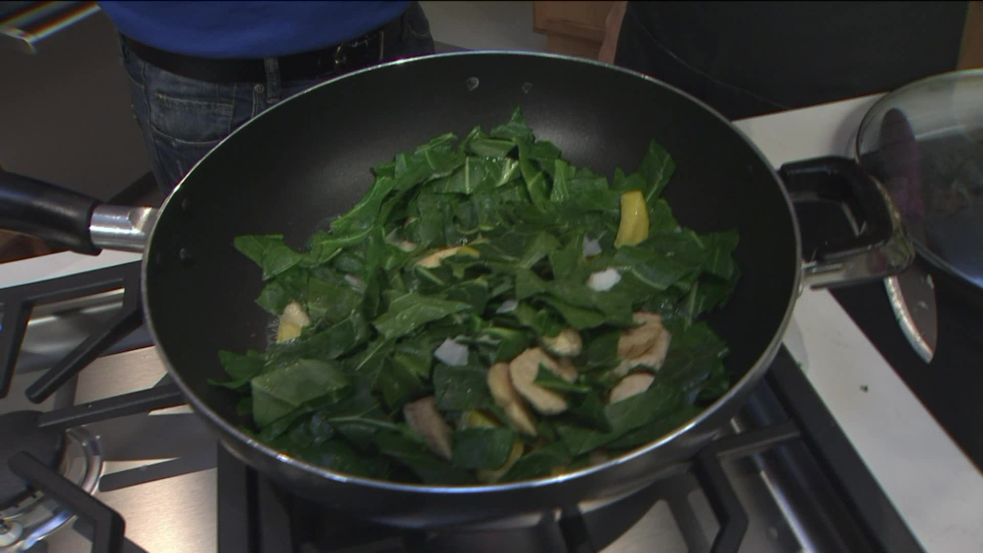 How to Make a Delicious Vegan Breakfast With Collard Greens