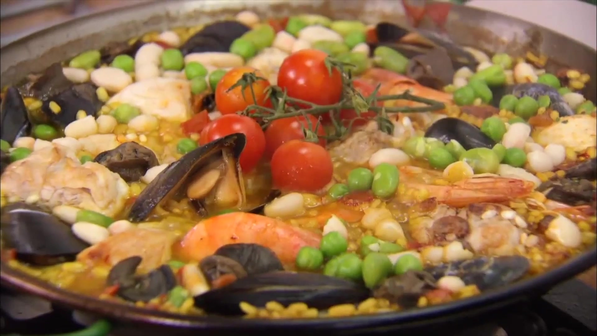 How to Make a Rabbit Paella