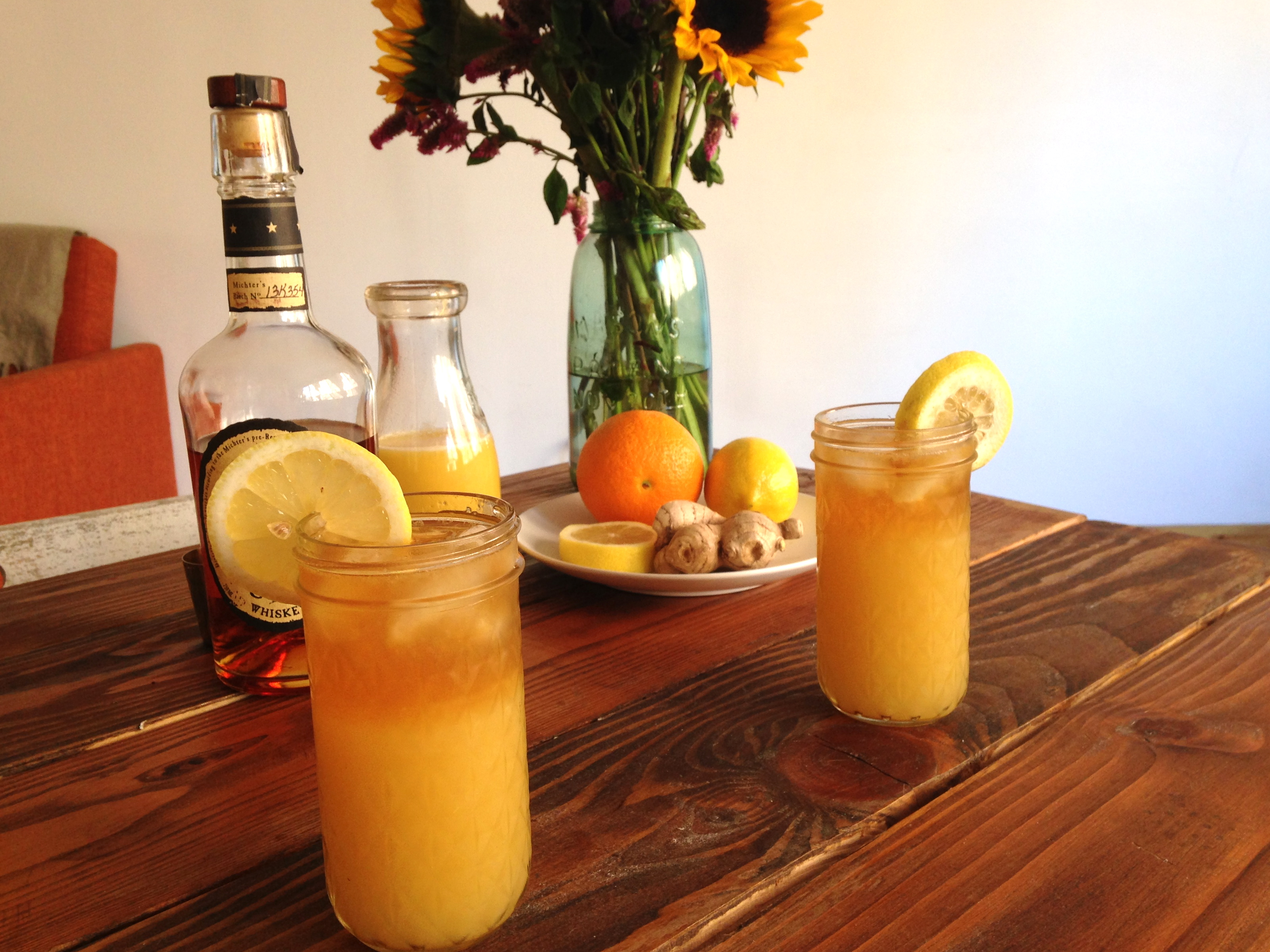 How to Make a Bourbon Ginger Punch Perfect for Tailgating