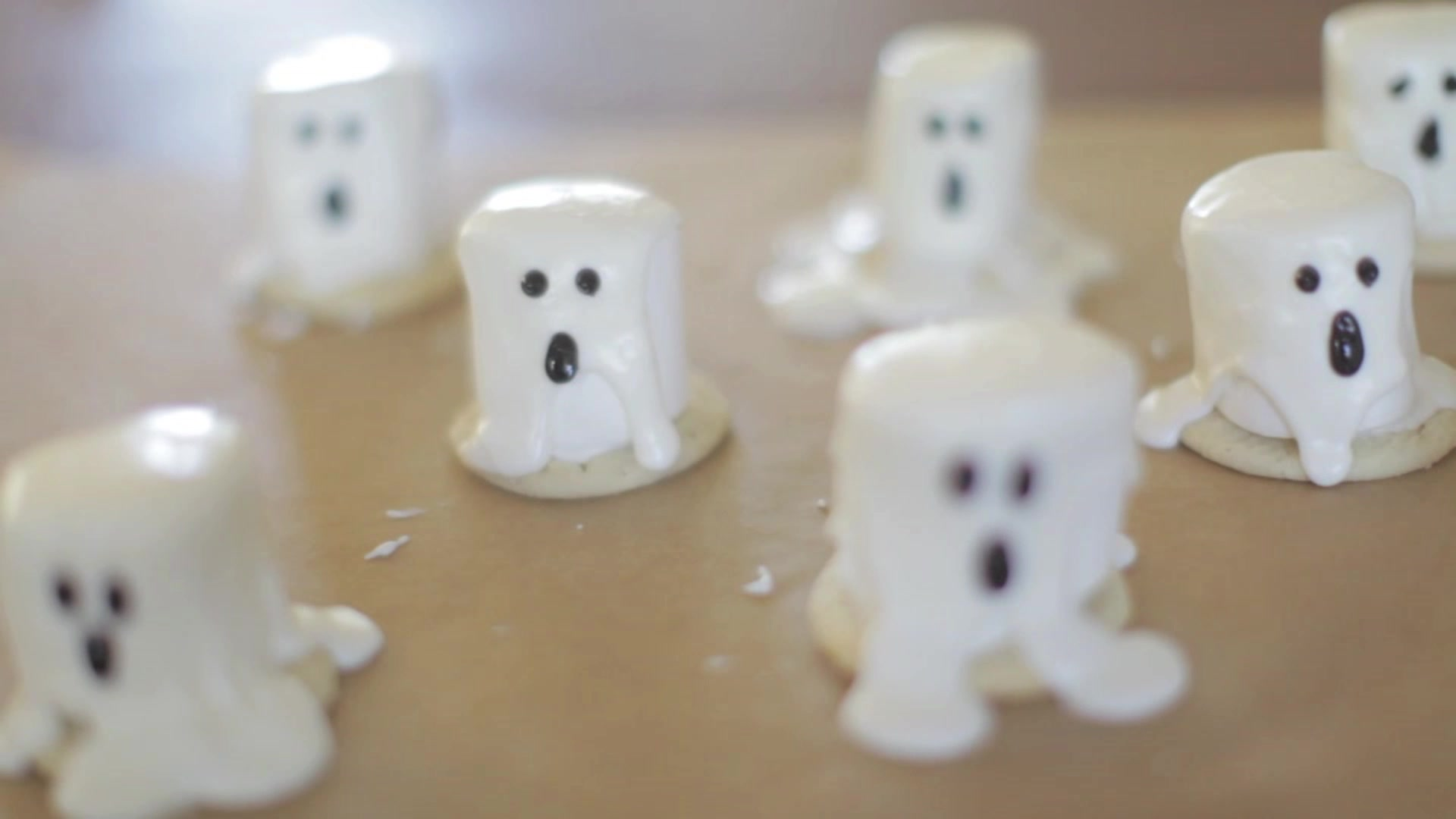 Halloween Ghosts