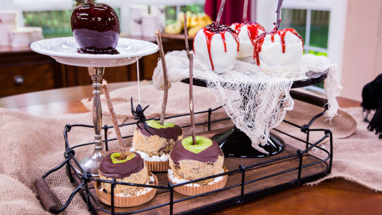 How to Make Frightful Candy Apples