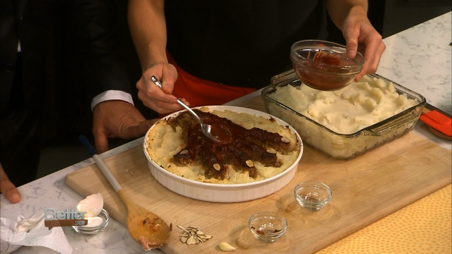 How to Make a Hand-Some Halloween Meatloaf