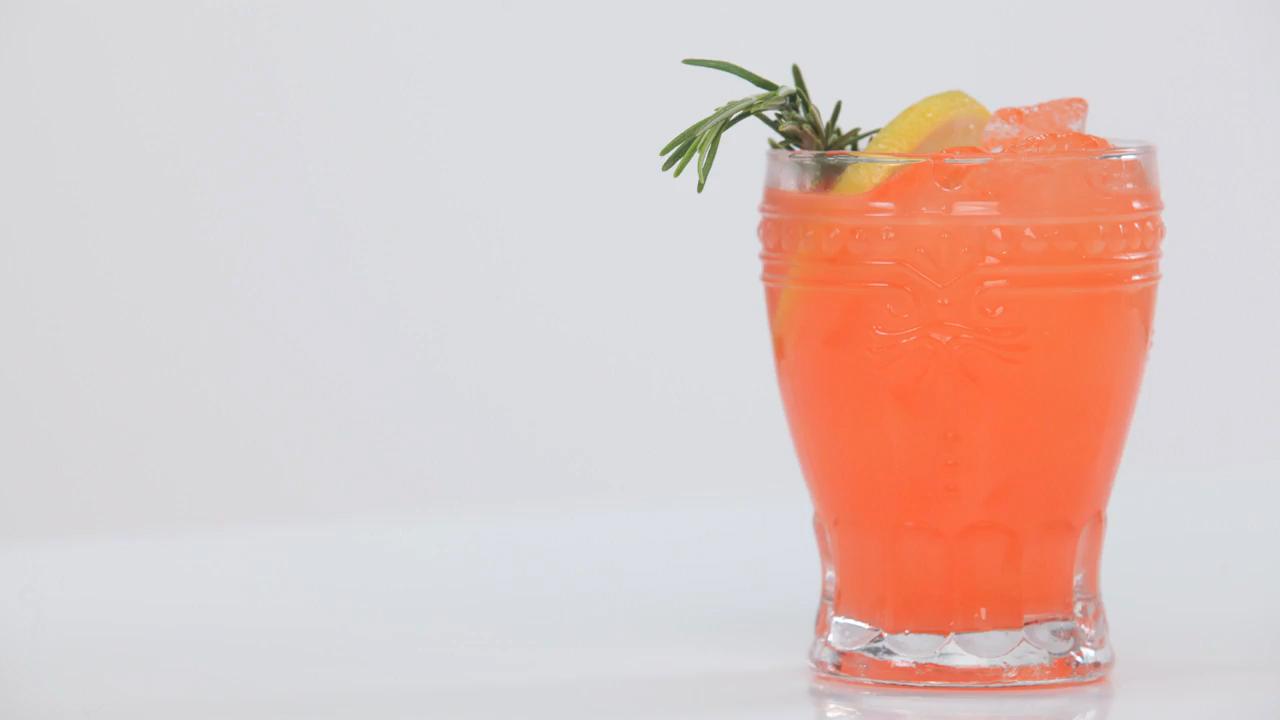 Rudolph's Tipsy Spritzer Copcktail Recipe