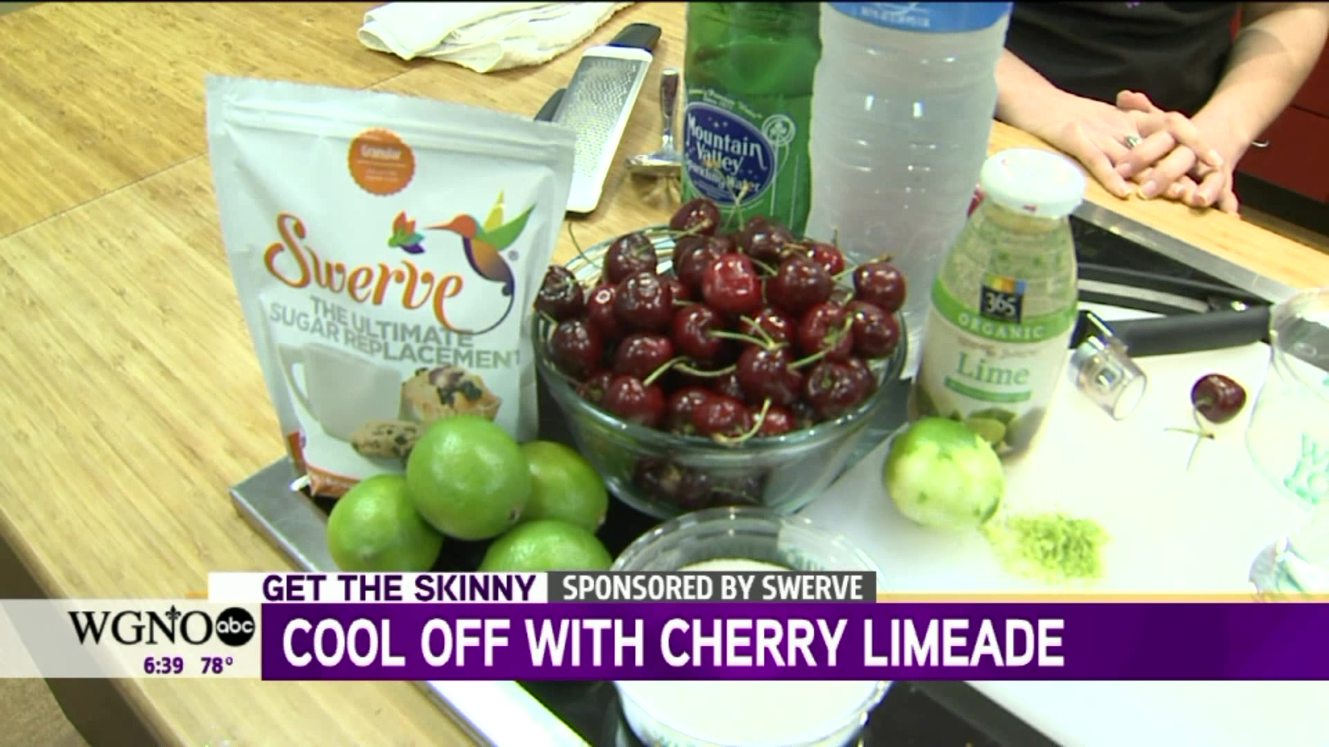 How to Make a Healthy, Refreshing Cherry Limeade