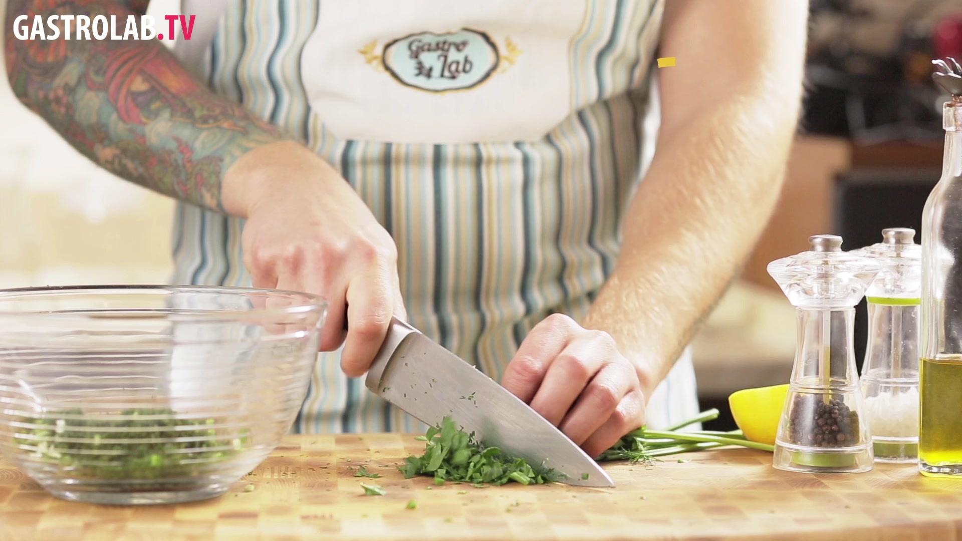 How to Chiffonade Herbs
